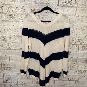 Cato Navy and Cream Tunic Sweater Size 22/24